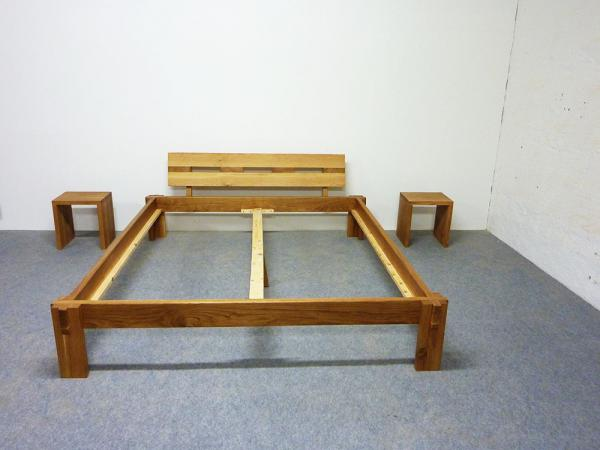 Massivholzbett  Massivholzbett Betten massiv Bett Massivholz günstig kaufen ...